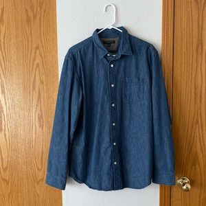 Banana Republic Slim Fit Chambray Button Up Shirt